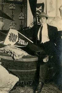 Women dressing as men - circa 1910 4