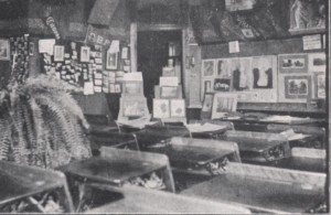 Susan Porter's camera club classroom from the 1915 Kipikawi