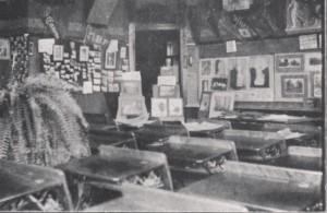 Susan Porter's camera club classroom from the 1915 Kipikawi